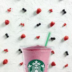 Selección de cafés, tés y chocolates helados de la carta de Starbucks…