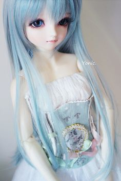 Blue themed female bjd, so cute, wish I knew which sculpt this was Pretty Dolls, Cute Dolls, Beautiful Dolls, Ooak Dolls, Blythe Dolls, Girl Dolls, Barbie, Gothic Dolls, Realistic Dolls