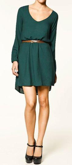 Outfit vestido verde botella