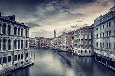 Aman Canal Grande – A 16th-century palazzo on the Grand Canal http://www.petrostathis.com/news/luxury-in-venice-aman-grand-canal-2/