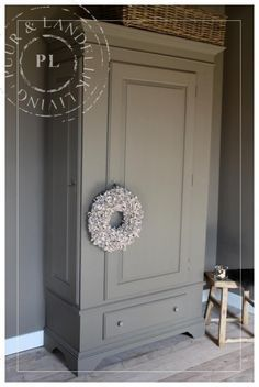 Upcycled Furniture, Shabby Chic Furniture, Furniture Making, Painted Furniture, Gray Interior, Interior Design, Furniture Restoration, Bedroom Colors, Home Bedroom