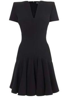 Black V Neck Short Sleeve Pleated Dress