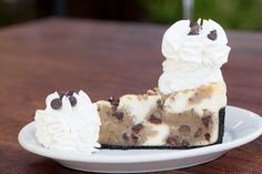 Creamy Cheesecake Loaded with Our Chocolate Chip Cookie-Dough and Topped with Walnuts. Cheesecake Factory Desserts, Cookie Dough Cheesecake, Cheesecake Recipes, Sweet Desserts, Just Desserts, Dessert Recipes, Yummy Treats, Yummy Food, Luxury Food