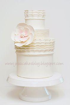 FREE Online Cake Design Class by Jessica Harris via Kara's Party Ideas!
