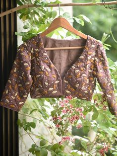 Wish come true tree (Blouse) – suta. Hand Embroidery Dress, Indian Embroidery, Embroidery Stitches, Embroidery Designs, Satin Fabric, Cotton Fabric, Saree Blouse Designs, Blouse Patterns, Blouse Styles