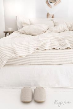 Add a dash of coziness to your bedroom with pure linen bedding in a subtle beige and white stripe pattern. Duvet covers, pillowcases, sheets, bed skirts available in various sizes. Linen Sheet Sets, Linen Duvet, White Bed Sheets, Linen Pillow Cases, Duvet, Bed, Duvet Cover Sets, Duvet Covers, Bed Linen Sets