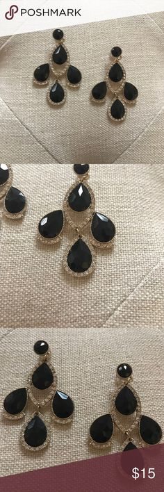 Banana Republic statement teardrops earrings For pierced ears, great for weddings, formalwear, or a night out. Black stones give some edge with small diamond-like detailing. Only worn a few times. Earrings are approx. 2 inches long. Banana Republic Jewelry Earrings