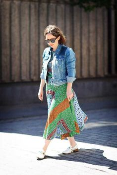 Levi's denim jacket (customized in ELLEfashioncupboard), Preen Line printed dress, Salvatore Ferragamo sunglasses and shoes. Michelle Duguid, Senior Fashion Editor. What ELLE Wears to Work, Street Style London.