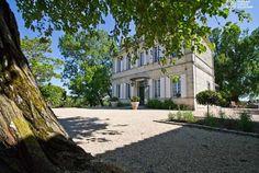 Aquitaine, Gironde, Saint Loubes, La Villa d'Ô, une charmante demeure de 1850 vous propose tranquilité et bient-être au sein de son parc de 3 hectares. Bontourism® vous en dit plus….
