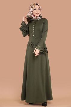 ** YENİ ÜRÜN ** Lazer Kesimli Tesettür Elbise Haki Ürün Kodu: PRM3034 --> 59.90 TL Hijab Fashion 2016, Abaya Fashion, Modest Fashion, Fashion Outfits, Hijab Evening Dress, Moslem Fashion, Hijab Style, Frock Patterns, Muslim Dress