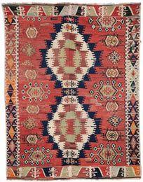Simple Apartment Decor, Bohemian Rug, Ceramics Ideas, Rugs, Carpets, Lounge, Wine, Image, Home Decor