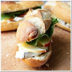 apple brie sandwich (add watercress, arugula, avocado, fig jam or bacon; Grilled/toasted