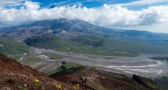A gruelling steep trek up the face of one of the many active volcanoes in the Russian Far East Active Volcano, Volcanoes, Fire And Ice, Trekking, Explore, Mountains, Face, Travel, Ideas