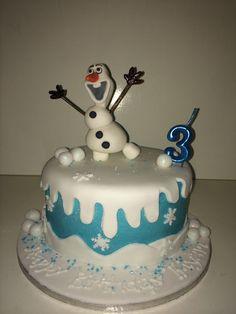 Olaf birthday cake Olaf Birthday Cake, Cool Kids, Kids Fun, Candy Buffet, Bakery, Cupcakes, Cooking Stuff, Baking Ideas, Desserts