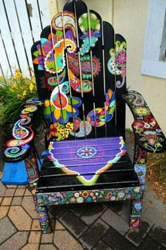 Gypsy home decor The post Hand painted chair. Gypsy home decor… appeared first on Home Decor Designs . Hand Painted Chairs, Funky Painted Furniture, Cool Furniture, Outdoor Furniture, Furniture Ideas, Garden Furniture, Furniture Design, Painted Tables, Decoupage Furniture