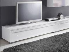 lang hoogglans Lowboard televisie meubel.