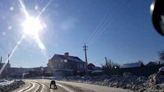 Russlands Straßen-4K HD- Trunkenheit zu Fuß mitten auf der Straße-Video ...