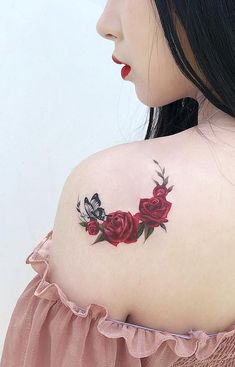 For whatever reason you go with the rose tattoo, it is going to be beautiful, colorful and best of all full of nuances and meanings. Beautiful Flower Tattoos, Pretty Tattoos, Cute Tattoos, Tatoos, Mini Tattoos, Body Art Tattoos, Small Tattoos, Rose Tattoos For Women, Shoulder Tattoos For Women