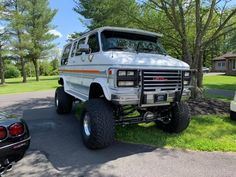 4x4 Camper Van, 4x4 Van, Lifted Van, Lifted Chevy, Ambulance, Chevy Vans, Vanz, Harley Bikes, Cool Vans