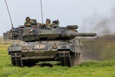 Fire Powers, Battle Tank, World Of Tanks, War Machine, Cold War, Military Vehicles, Heavy Metal, Guns, Army