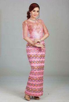 Myanmar dress African Print Fashion, Ethnic Fashion, Traditional Fashion, Traditional Dresses, Gold Sequin Dress, Lace Dress, Myanmar Dress Design, Dress Brokat, Myanmar Traditional Dress