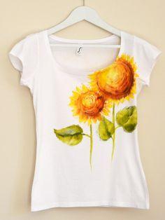 Yellow Sunflowers Hand Painted MYgarden por Christeesandtops