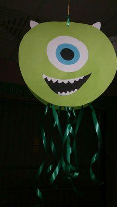 Cumple monstruífico: piñata Mike Wazowski Monster Birthday Party - Inma Torrijos