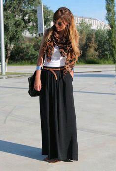 Falda negra                                                                                                                                                                                 Más