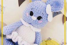 Patrón de Ganchillo Gratis Conejito Amigurumi Free Crochet, Crochet Gratis, Baby Gift Hampers, Crochet Patterns Amigurumi, Double Crochet, Baby Gifts, Hello Kitty, Dolls, Knitting