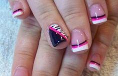 Diseños de uñas con acrílico, diseño de uñas de acrílico con colores. Clic Follow,  #diseñatusuñas #acrylicnails #uñasbonitas
