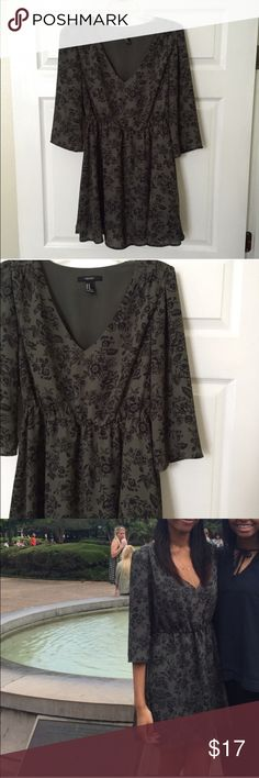 Floral dress Worn once for a couple of hours. Not from listed brand. Brand is F21 Free People Dresses