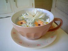 flowers tea :P Flower Tea, Tea Time, Tea Cups, Rose, Tableware, Flowers, Style, Mugs, Swag