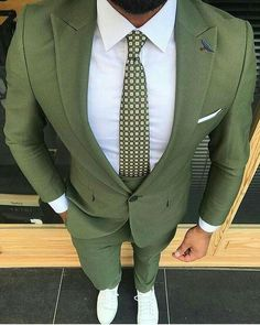 Moss green suit for men Are you a boss Ceo Enterpreneur Join us as an at and gain traffic on all social media platforms and wesbites Green Suit Men, Prom Suits For Men, Blazer Outfits Men, Mode Costume, Mens Fashion Suits, Men's Fashion, Urban Fashion, Fashion Menswear, Mens Suits Style
