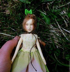 Купить Веснушка авторская кукла - тёмно-зелёный, кукла ручной работы, кукла в подарок, кукла