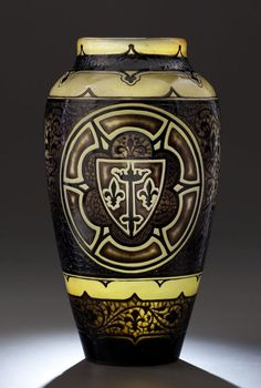Émile Gallé | Rare artistic cameo glass 'Jeanne d'Arc' vase - 1895.