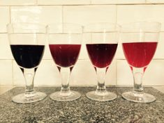 Various berry wines. Recipes in archive Orange Wine, Red Wine, White Wine, Quince Wine Recipe, All Spice Berries, Pickled Walnuts, What To Make, Spice Mixes, Wine Making