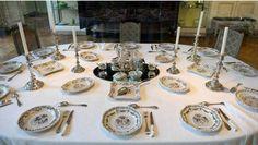 L' exposition qui se tient au Musée des Art décoratifs et du Design de Bordeaux jusqu'au 18 mai 2015 a pour objectifs de faire l'histoire du souper et d'