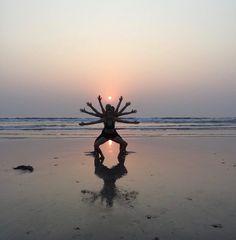 Skræddersy din egen yoga ferie i Goa. Denne yoga ferie er den perfekte kombination af aktiv ferie og dase ferie.. Her er det dig der bestemmer tempoet. Morgen og aften yoga ligger med tilpas mellemrum, så der er plads til at dase på stranden, Købe tørklæd