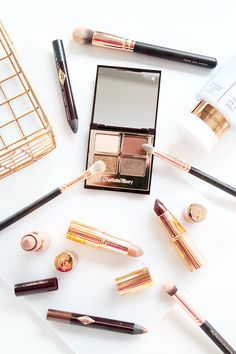 Charlotte Tilbury Beauty Review, Dolce Vita Eye Palette