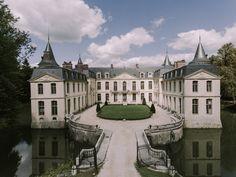Castle House, Castle Ruins, Medieval Castle, Beautiful Castles, Beautiful Places, Palaces, French Architecture, Beaux Villages, Paris Photos
