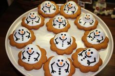 Melted snowman gingerbreads [1600x1066]