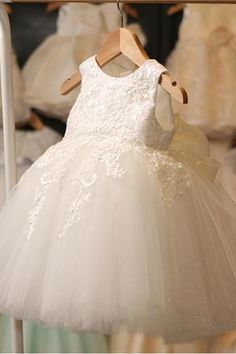Ivory Round Neck Lace Tulle Flower Girl Dresses, Zip up Cute Little Girl Dresses, The dresses are fully lined, 4 bones in the bodice, chest pad in the bus Tulle Flower Girl, Tulle Flowers, Tulle Lace, Flower Dresses, Crocheted Flowers, Lace Bodice, Cute Little Girl Dresses, Baby Girl Dresses, Baby Dress