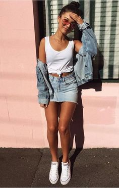 Below you will find some different denim mini skirts outfit ideas according to your needs. Cute Summer Outfits, Outfits For Teens, Spring Outfits, Casual Outfits, Spring Clothes, Summer Clothes For Women, Ladies Outfits, Autumn Outfits, Summer Clothing