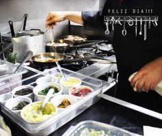 Nuestra cocina en este dia tan especial!!! #Chef #DDW www.daniel.com.co | Reservas: 2493404| Calle 73 #9-70