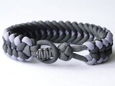 "How to Make a ""Knot and Loop"" Sanctified Paracord Bracelet-Bonus: Cobra Closure Knot - YouTube"
