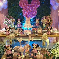 Tema: Minnie! loucaporfesta  #loucaporfestas  #loucasporfestas  #festainfantil  #kidsparty  #kidsdecor  #aniversárioinfantil  #aniversário  #JuntasSomosMaisBDF  #fiestasinfantiles  #cumpleaños  #partyideas  #inspiração  #instagramParty  #fiesta Imagem @nathaliaventrilho