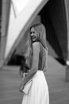 backless fashion styles