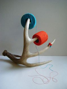 antler yarn holder