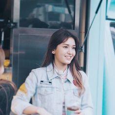 en Somi gag konsert dating