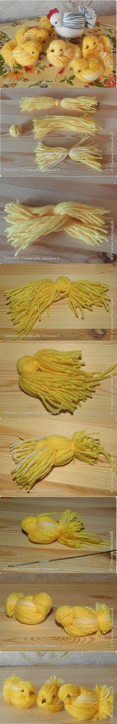Take on the pom pom! Made from yarn. Cute Crafts, Diy And Crafts, Crafts For Kids, Pom Pom Crafts, Yarn Crafts, Spring Crafts, Holiday Crafts, Chicken Crafts, Yarn Dolls